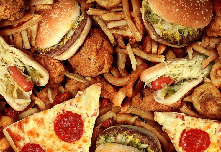 Governments 'failing to protect child rights by not restricting junk food  marketing', says UN